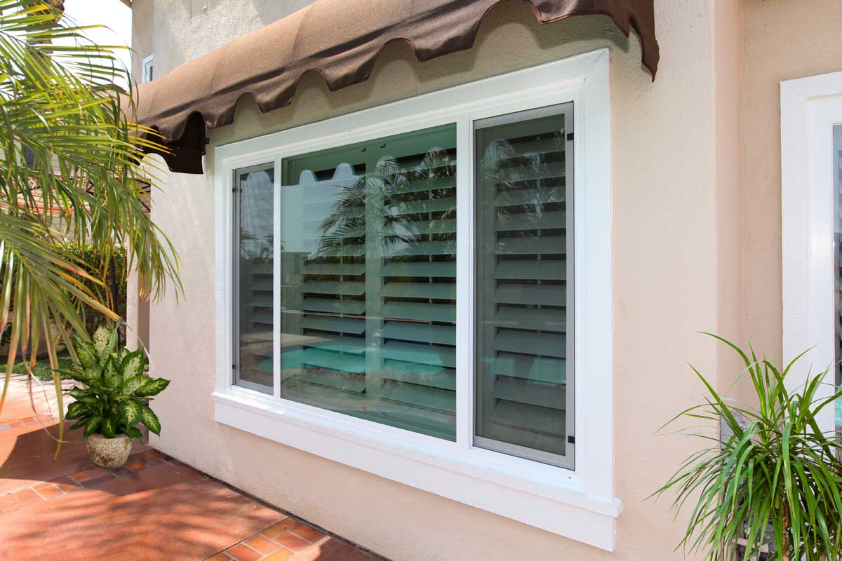 Vinyl windows windows milgard vinyl for Milgard vinyl windows